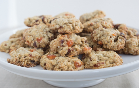 Gingered Oatmeal Cookies With Dates And Apricots